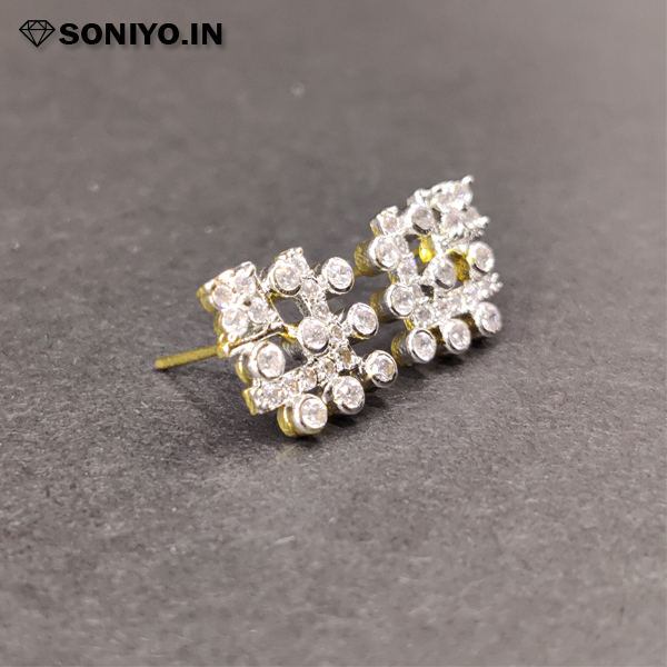"""Golden and Silver """"V"""" shaped earring (AD)"""