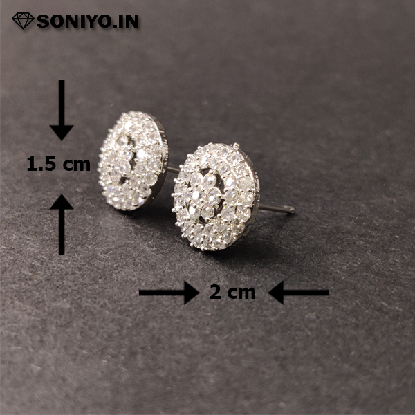 Round Earring with Flower shaped Diamonds