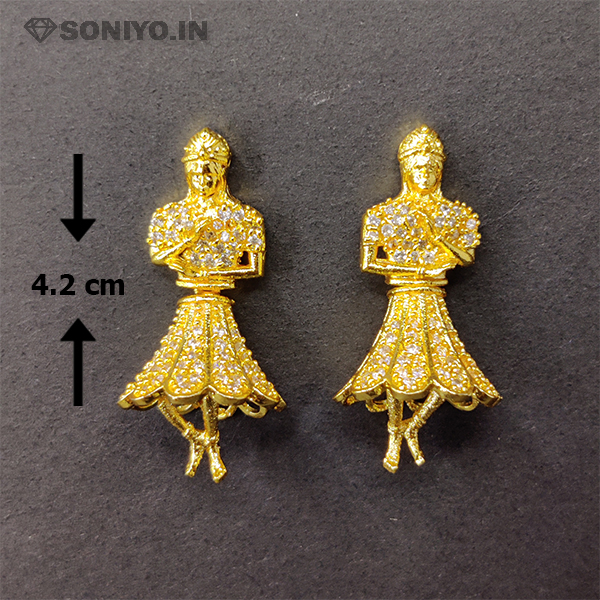 Golden Statue Earring covered with White Stones