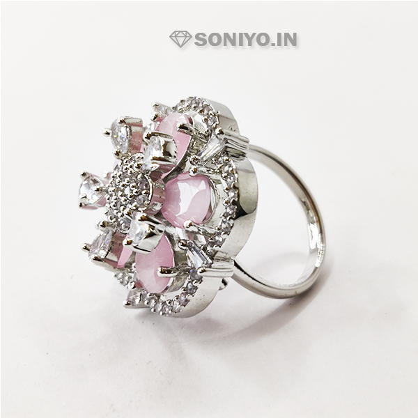Clover Designed Rings covered with White stones