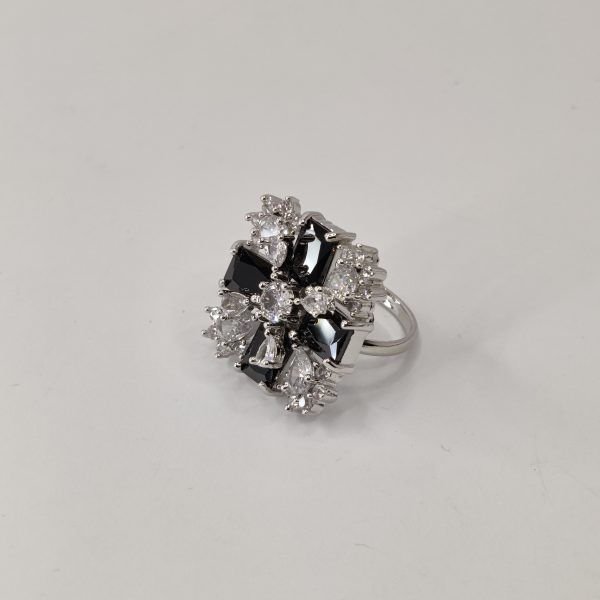 Flower Ring covered with American Diamonds